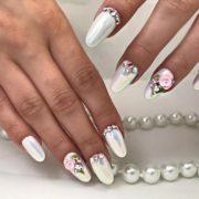 свадебный дизайн ногтей 2020