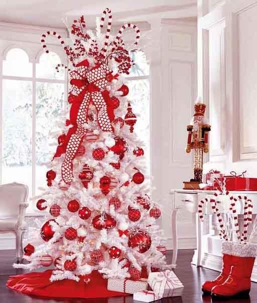 новогодняя белая елка 2020 декор